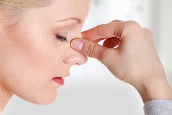 Кровь из носа при низком давлении