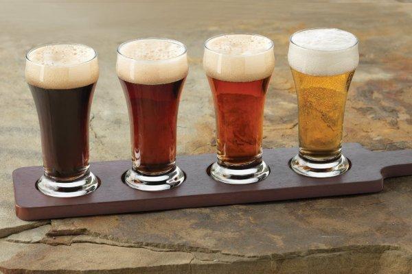 Маленькие бокалы пива