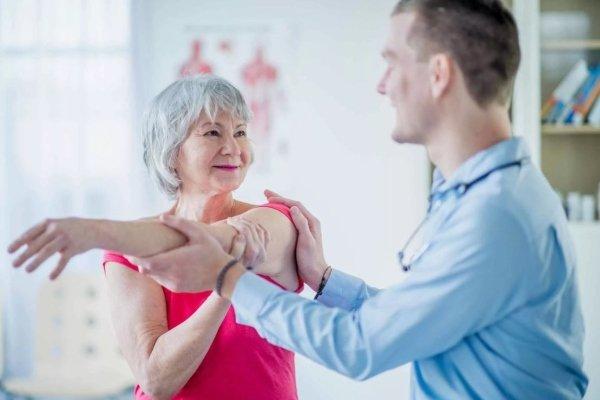Восстановление руки после инсульта - как восстановить руку после инсульта в домашних условиях