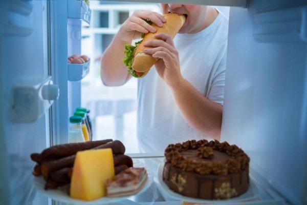 Злоупотребление жирной пищей