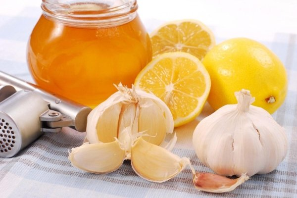 Изображение - Редкий пульс при высоком давлении 10-med-limon-chesnok