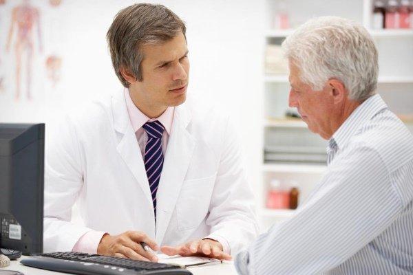 Доктор на приеме у врача